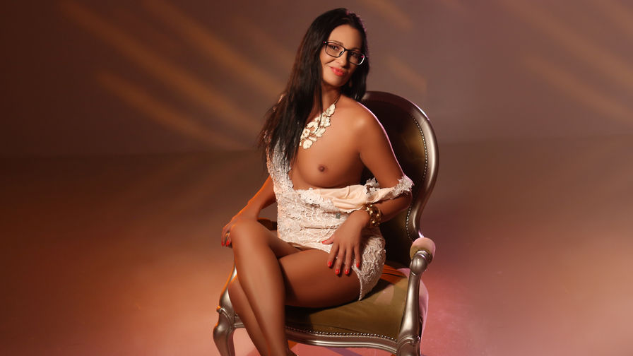 LadyAniela's profile picture – Mature Woman on LiveJasmin