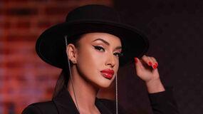 1RusianBarbieX's hot webcam show – Girl on LiveJasmin