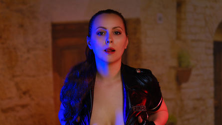 AmouriaGod's profile picture – Girl on LiveJasmin
