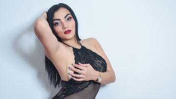 Show fierbinte la webcam AvaBurton  – Fata pe Jasmin
