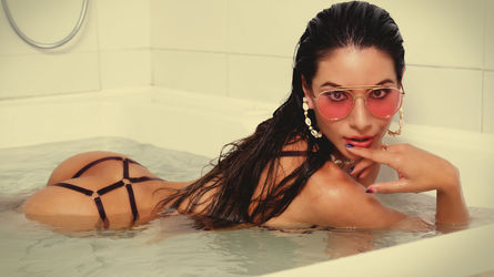 Poza de profil a lui Ammelielovee – Fata pe LiveJasmin