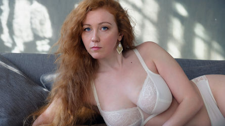 GingerJulia's profile picture – Mature Woman on LiveJasmin