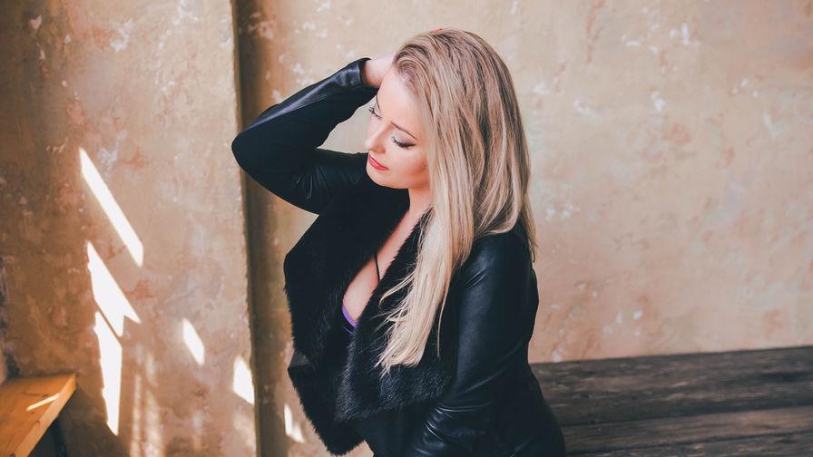 XXXHAPPYSMILEXXX's profile picture – Mature Woman on LiveJasmin