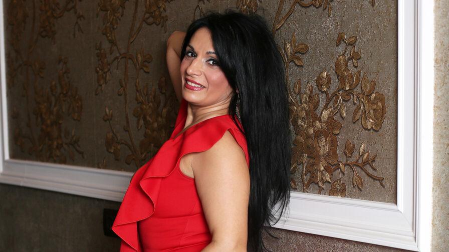 BeautyoftheWeb的个人照片 – LiveJasmin上的资深熟女