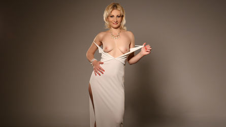 DeborahHardy's profile picture – Mature Woman on LiveJasmin