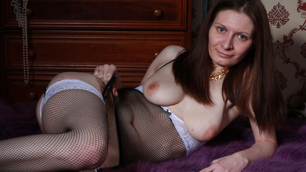 BlueSafira的个人照片 – LiveJasmin上的女生