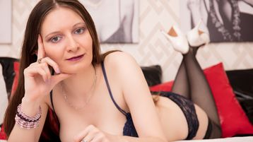 BlueSafira`s heta webcam show – Flickor på Jasmin
