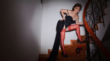 Show fierbinte la webcam xLadyDiamond  – Femeie Matura pe Jasmin