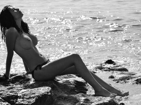 AdrianaHunter