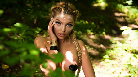 DaisyDiamondX's profile picture – Girl on LiveJasmin