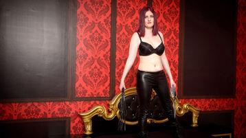 MissBrunhilda のホットなウェブカムショー – Jasminのフェチ