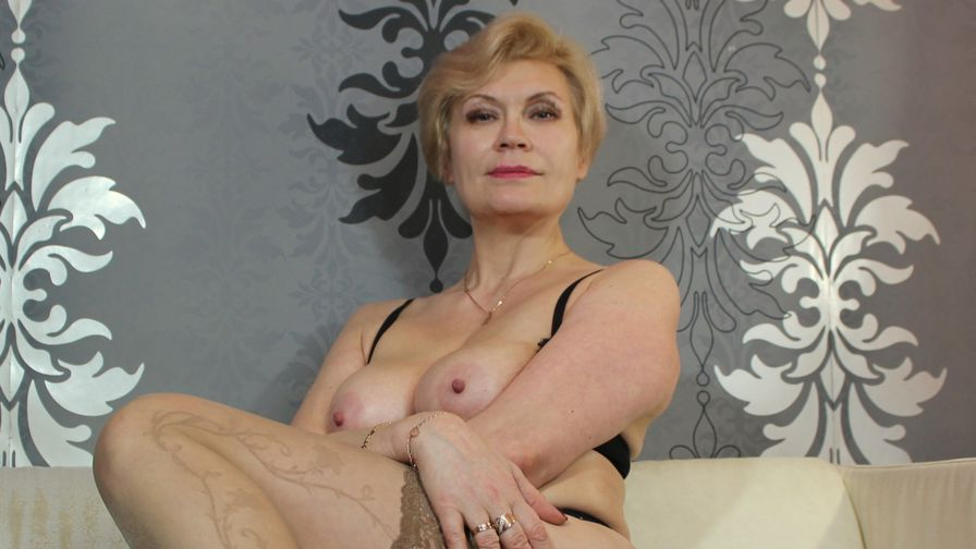 HOTsexyIRENE's profile picture – Mature Woman on LiveJasmin