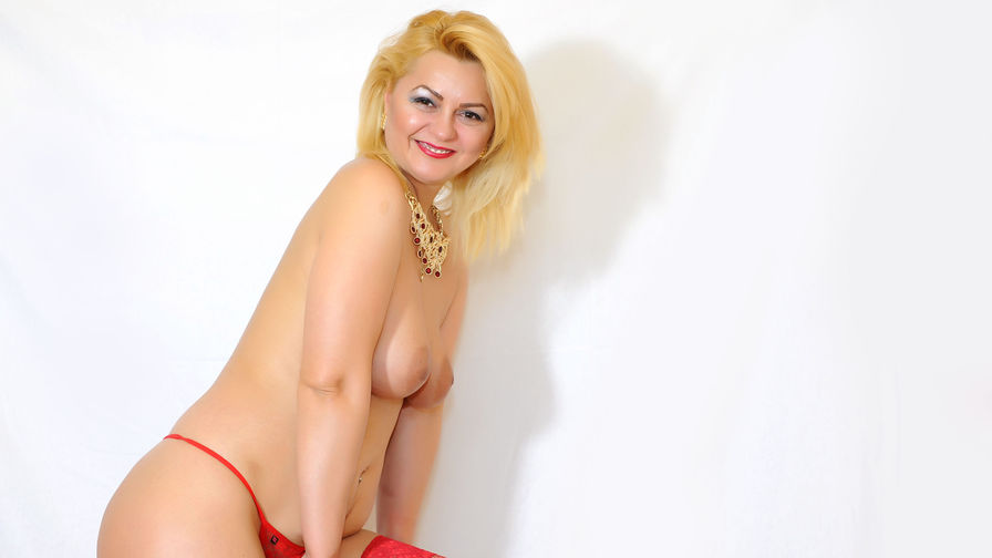 HorrnyGaby's profile picture – Mature Woman on LiveJasmin
