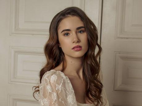 SophiaYellow
