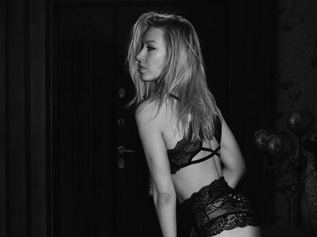 KamilaWhite
