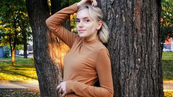 BellaGlow's hot webcam show – Hot Flirt on Jasmin
