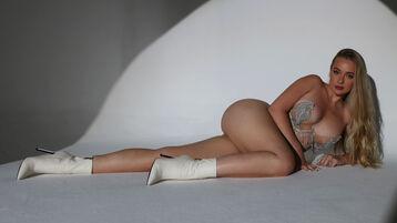 Show fierbinte la webcam NatalyKentX  – Fata pe Jasmin