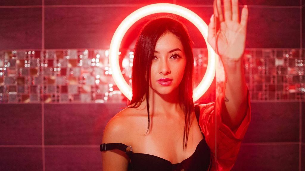AndreaZambrano's hot webcam show – Girl on LiveJasmin