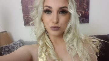 Show di sesso su webcam con 0hotjulie0 – Ragazze su Jasmin