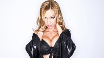 SexyJulieXXX`s heta webcam show – Flickor på Jasmin