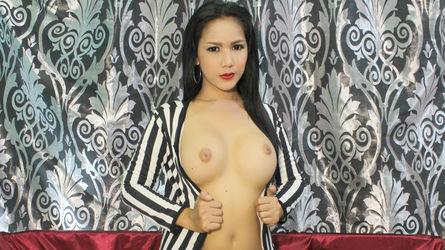 AyatheBOMB69的个人照片 – LiveJasmin上的变性人