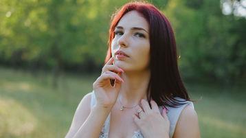 Show fierbinte la webcam MiniCris  – Flirturi fierbinti pe Jasmin