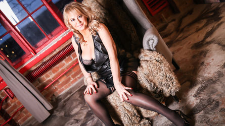 BeverlyTits's profile picture – Mature Woman on LiveJasmin