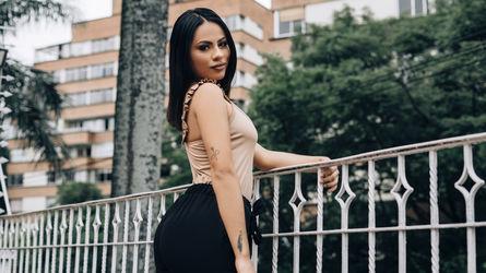 AmberLaRoux