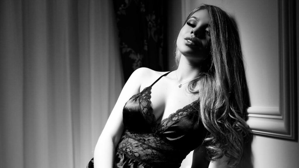 PrettyElly hot webcam show – Pige på LiveJasmin