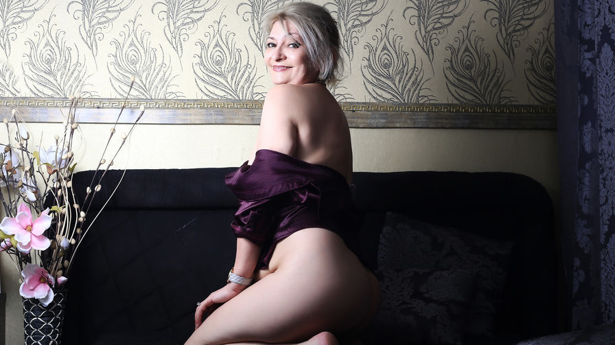 KateMilf's profile picture – Mature Woman on LiveJasmin