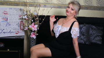 KateMilf's hot webcam show – Mature Woman on Jasmin