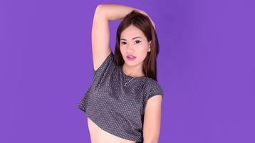 Show-ul fierbinte al lui Flirtiexxx – Fata pe Jasmin