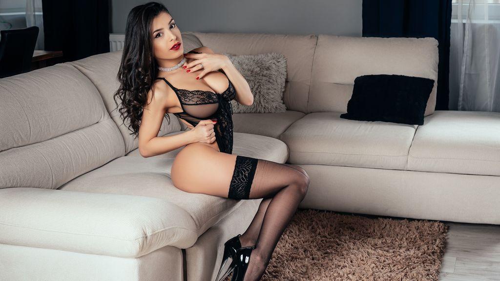 KittyBenks's hot webcam show – Girl on Jasmin