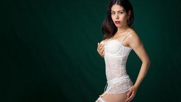 Show di sesso su webcam con SorayaShy – Ragazze su Jasmin