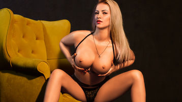 горячее шоу перед веб камерой LOVELYBLONDIExx – Девушки на Jasmin