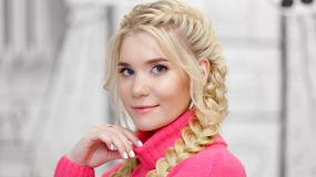 ElleFrance's hot webcam show – Hot Flirt on LiveJasmin