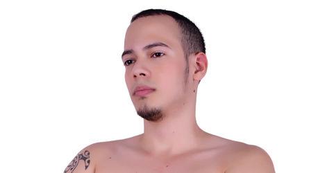 FRANKSTATHAM's profile picture – Gay on LiveJasmin