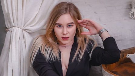 ChloePierce