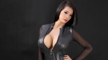 Show quente na webcam de QueenYhuriexx – Transgénero em Jasmin