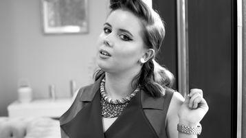 IzzyBrent's hot webcam show – Girl on Jasmin