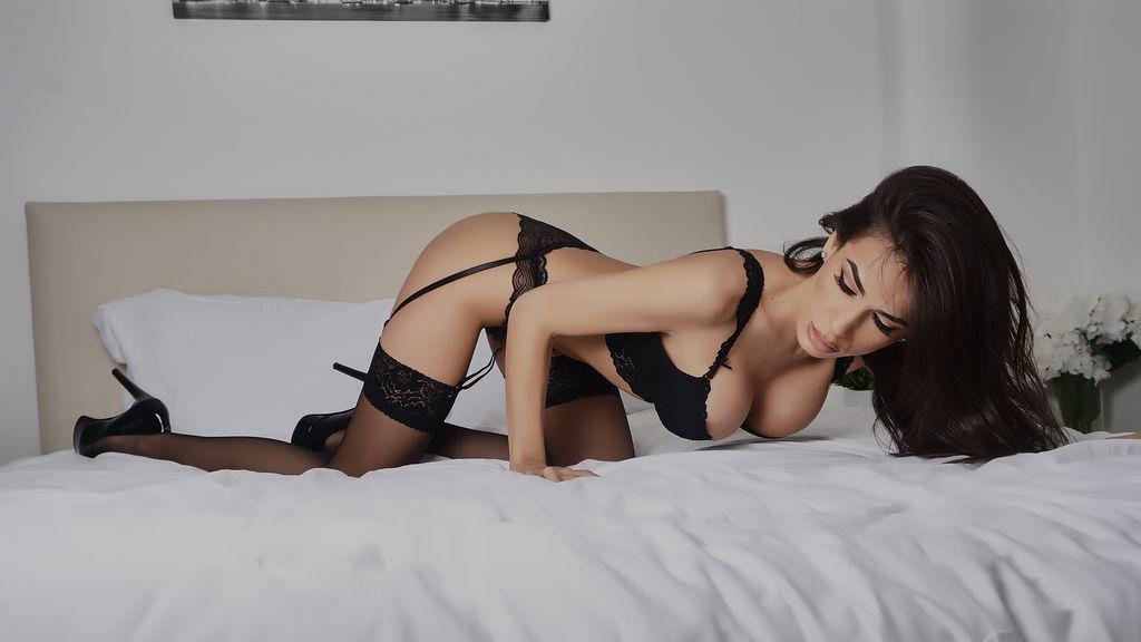 ElegantRebekas hot webcam show – Pige på LiveJasmin
