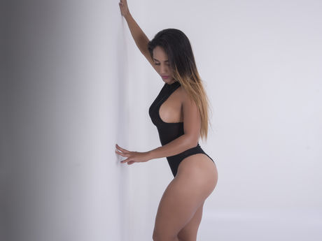 AnnaVera