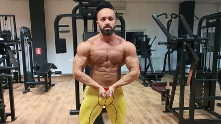 Rippedmuscleshow