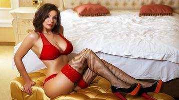 Show di sesso su webcam con Adna – Donna su Jasmin