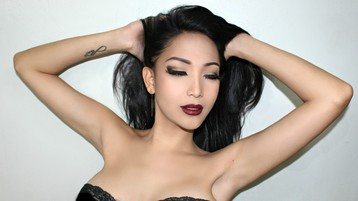 XxTsKiTTyKaTrinA show caliente en cámara web – Transexual en Jasmin