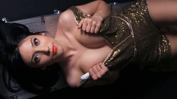 горячее шоу перед веб камерой NikkittaDivineX – Девушки на Jasmin