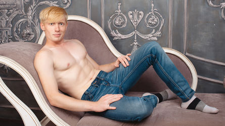 UrBlondeSexDream's profile picture – Gay on LiveJasmin