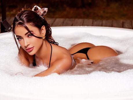 ArianaRoux