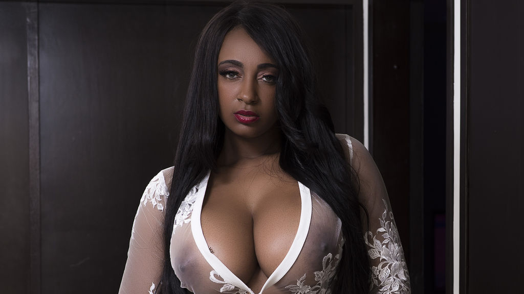 NaomyCarter's hot webcam show – Girl on LiveJasmin