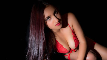 Show di sesso su webcam con ViancaShaws – Donna su Jasmin